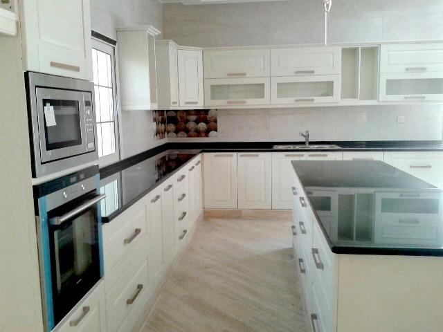 Thermofoil kitchen plain & White color