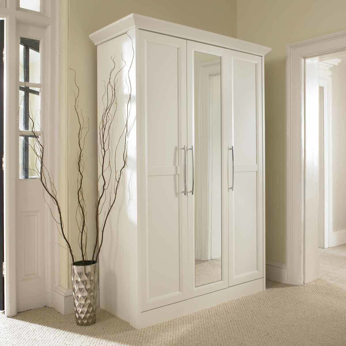 Choose From A Wide Range Of Wardrobes In Dubai And Across The UAE